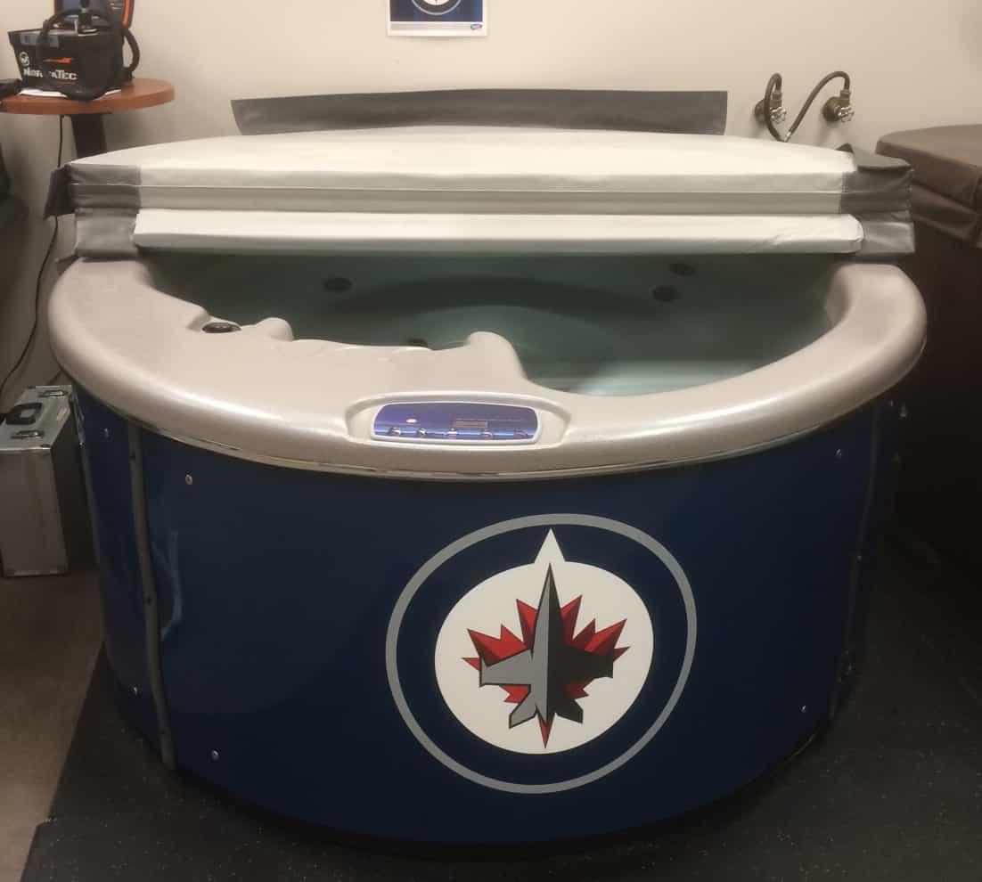 cold-tub-hockey